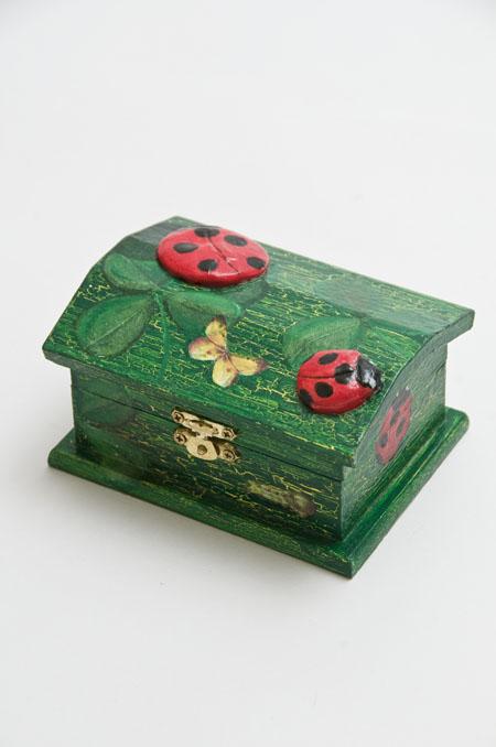 Box てんとう虫の小箱